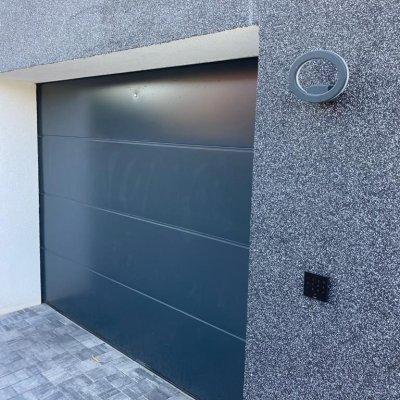 Ovládání garážových vrat - Loxone